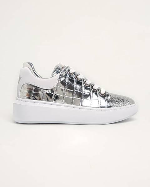 Stříbrné boty Guess Jeans