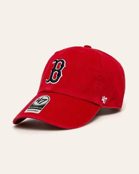 Červená čepice 47brand