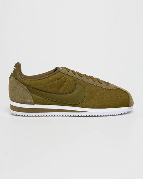 Zelené boty nike