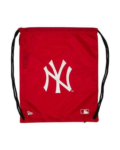 Červený batoh new era