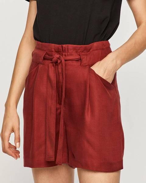 Červené kraťasy vero moda