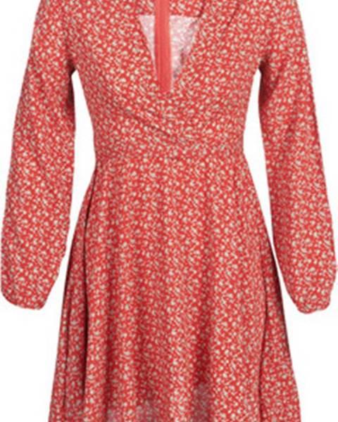 Červené šaty Casual Attitude