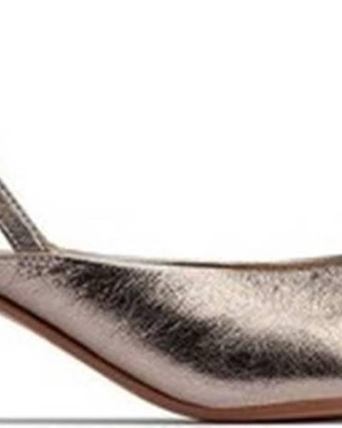 Zlaté boty Clarks