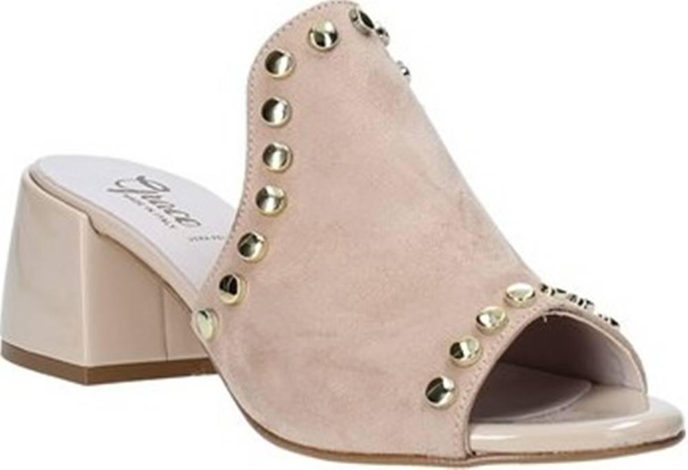 Grace Shoes Sandály 1576006 Béžová