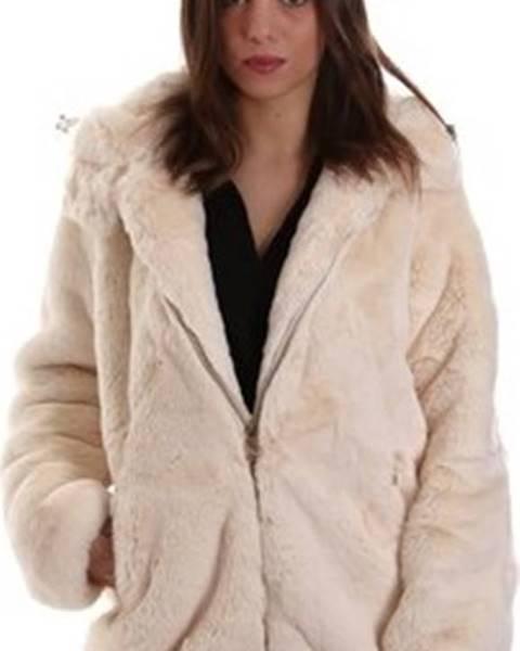 Bílá bunda Invicta