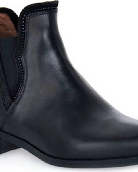 Černé kozačky Nero Giardini
