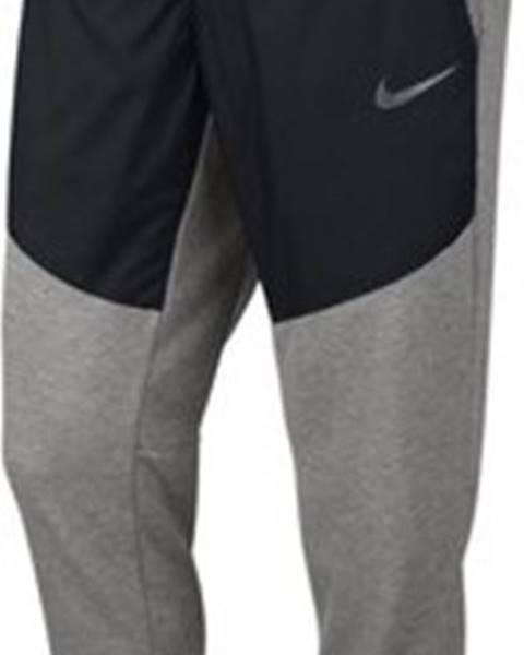 kalhoty nike