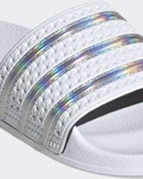 Bílé pantofle adidas