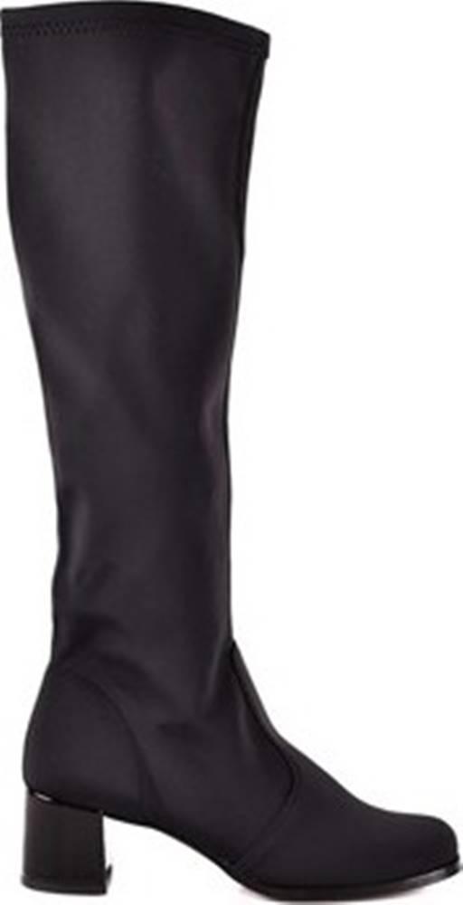 Grace Shoes Kozačky 2677 Černá