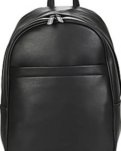 Černý batoh André