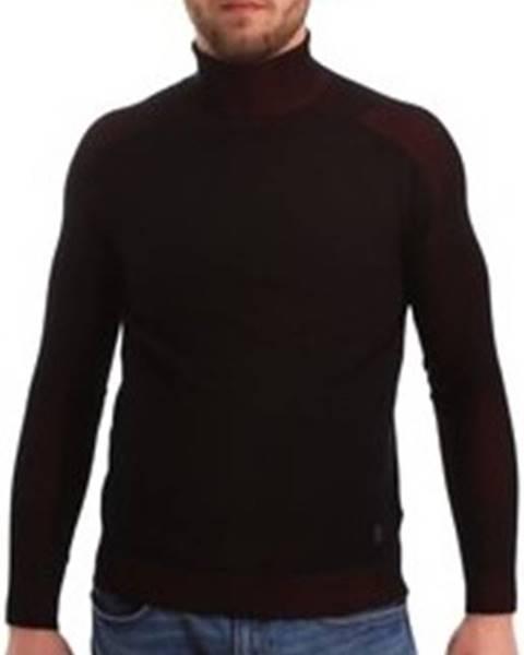 Černý svetr GAUDÌ