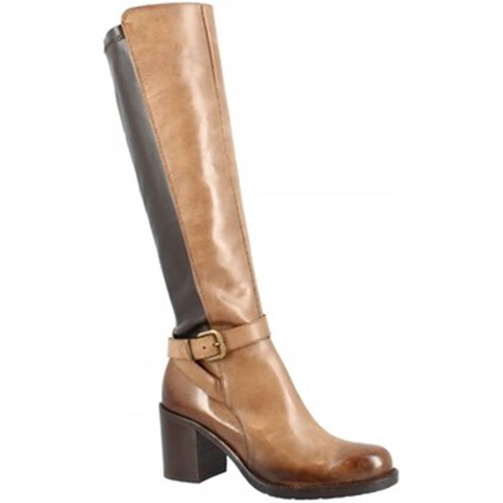 Leonardo Shoes Kozačky D10062NAD6 . TQ28 BRANDY Hnědá