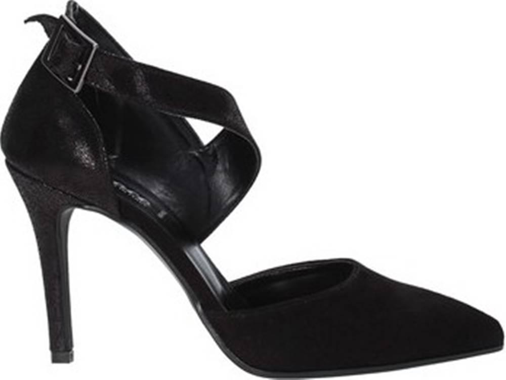 Grace Shoes Sandály 038119 Černá