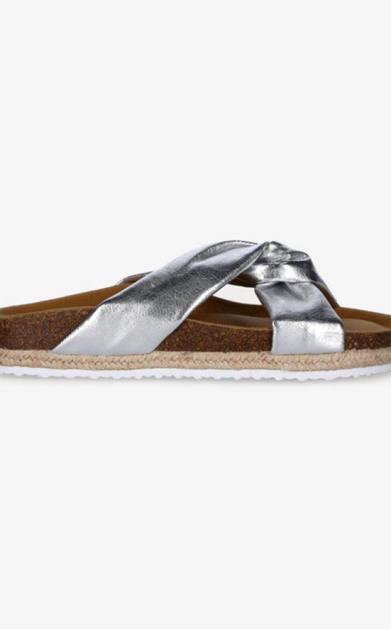 Stříbrné pantofle Paez