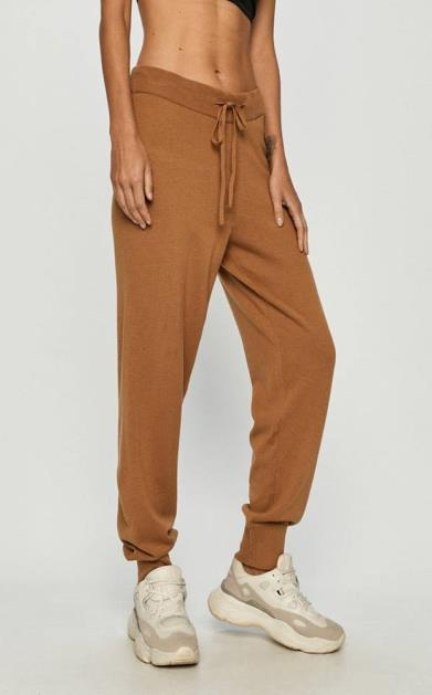 Hnědé kalhoty vero moda