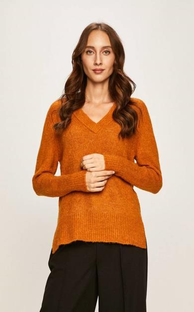 Oranžový svetr jacqueline de yong