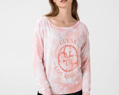 Růžový svetr Guess
