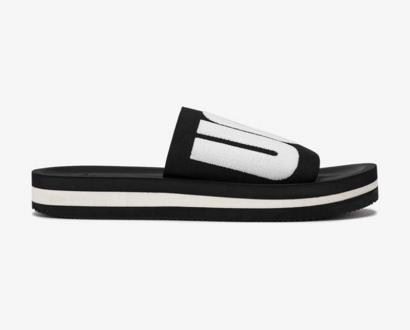 Černé pantofle ugg