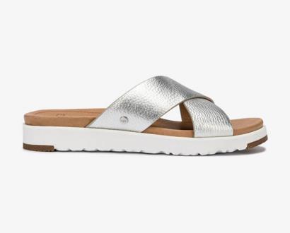 Stříbrné pantofle ugg