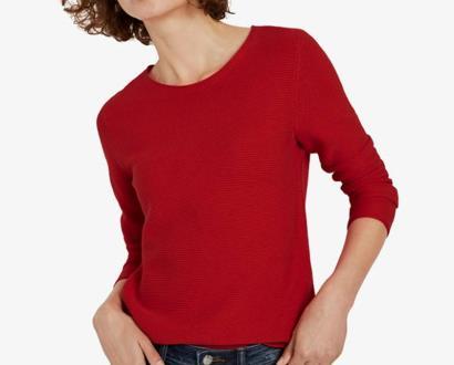 Červený svetr tom tailor