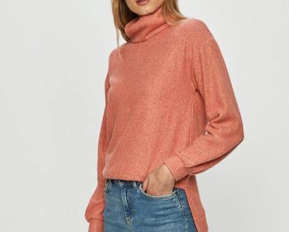 Růžový svetr Haily's