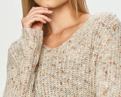Šedý svetr jacqueline de yong