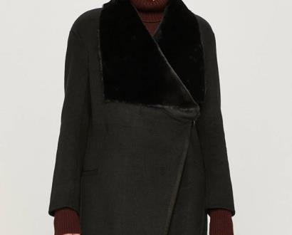 Černá bunda Silvian Heach