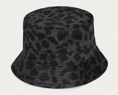 Černá čepice Volcom