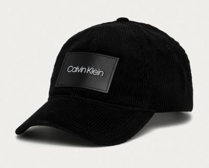 Černá čepice Calvin Klein