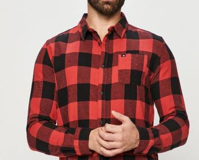 Červené tričko quiksilver