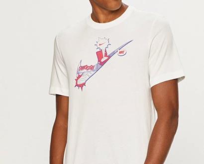 Bílé tričko Nike Sportswear