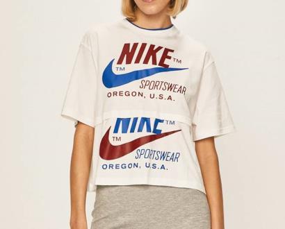 Bílý top Nike Sportswear